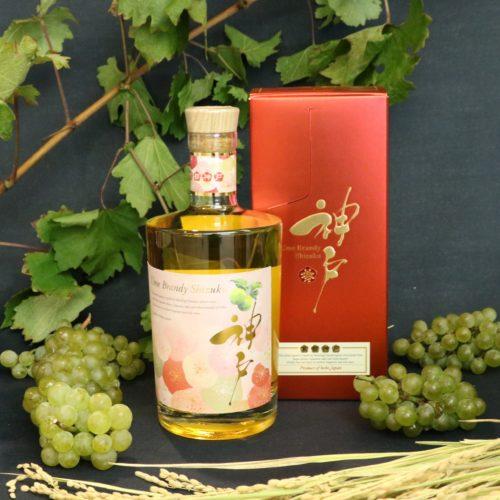 神戸の老舗 白鶴酒造と神戸ワイナリーが初の共同開発【梅ブランデー雫】  9月28日 数量限定発売
